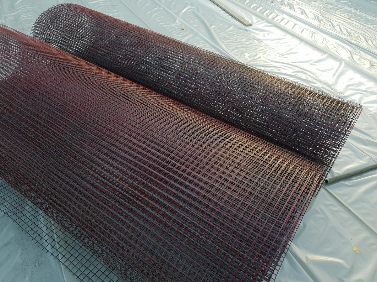 Aufgerollte Textile Bewehrung auf der Baustelle