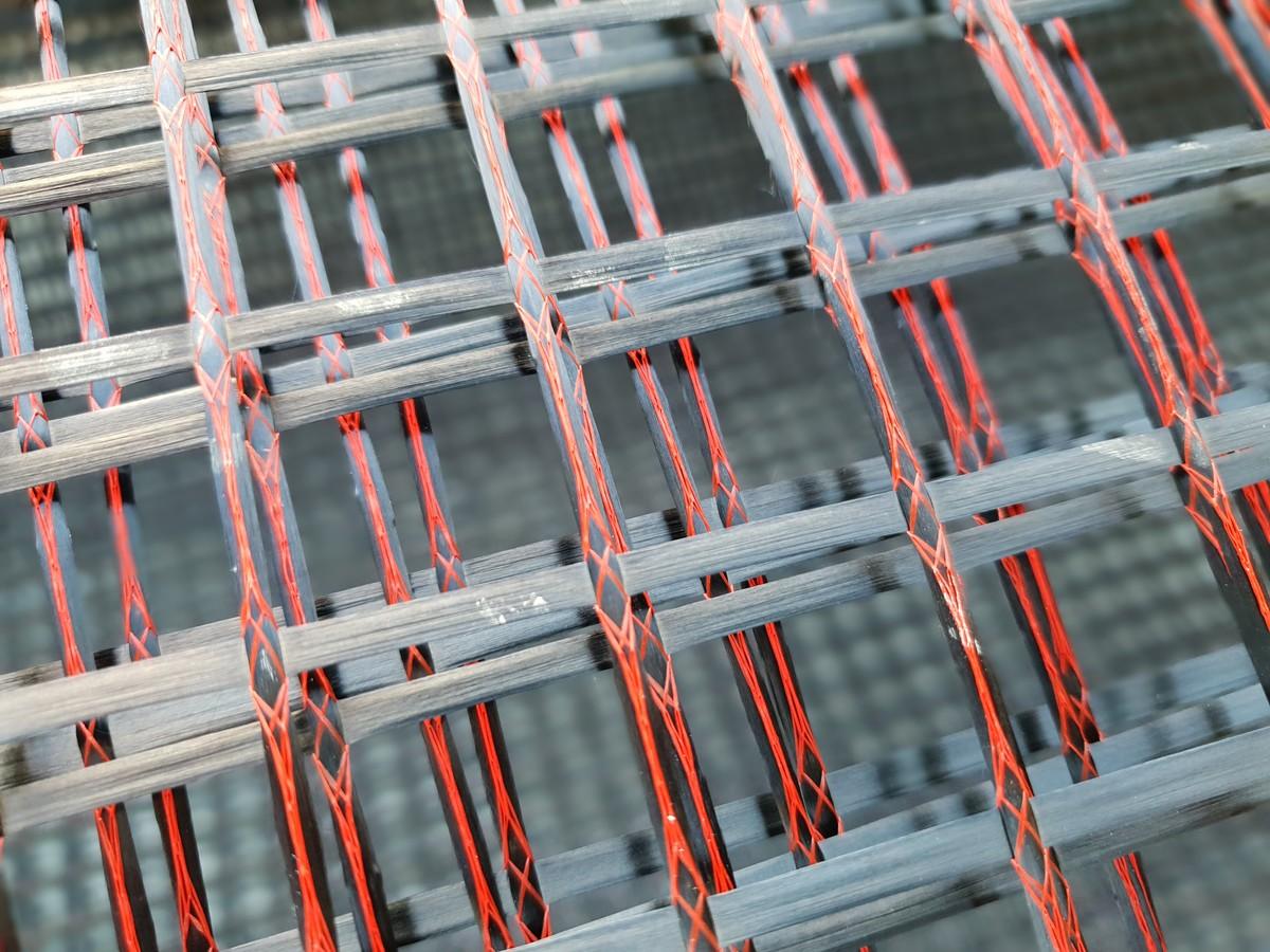 Aufgerollte Textile Bewehrung auf der Baustelle (Nahaufnahme))